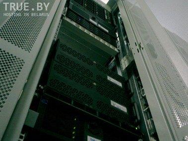 Шкаф 42U для хостинга сайтов и серверов.